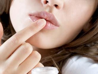 Lūpų priežiūra